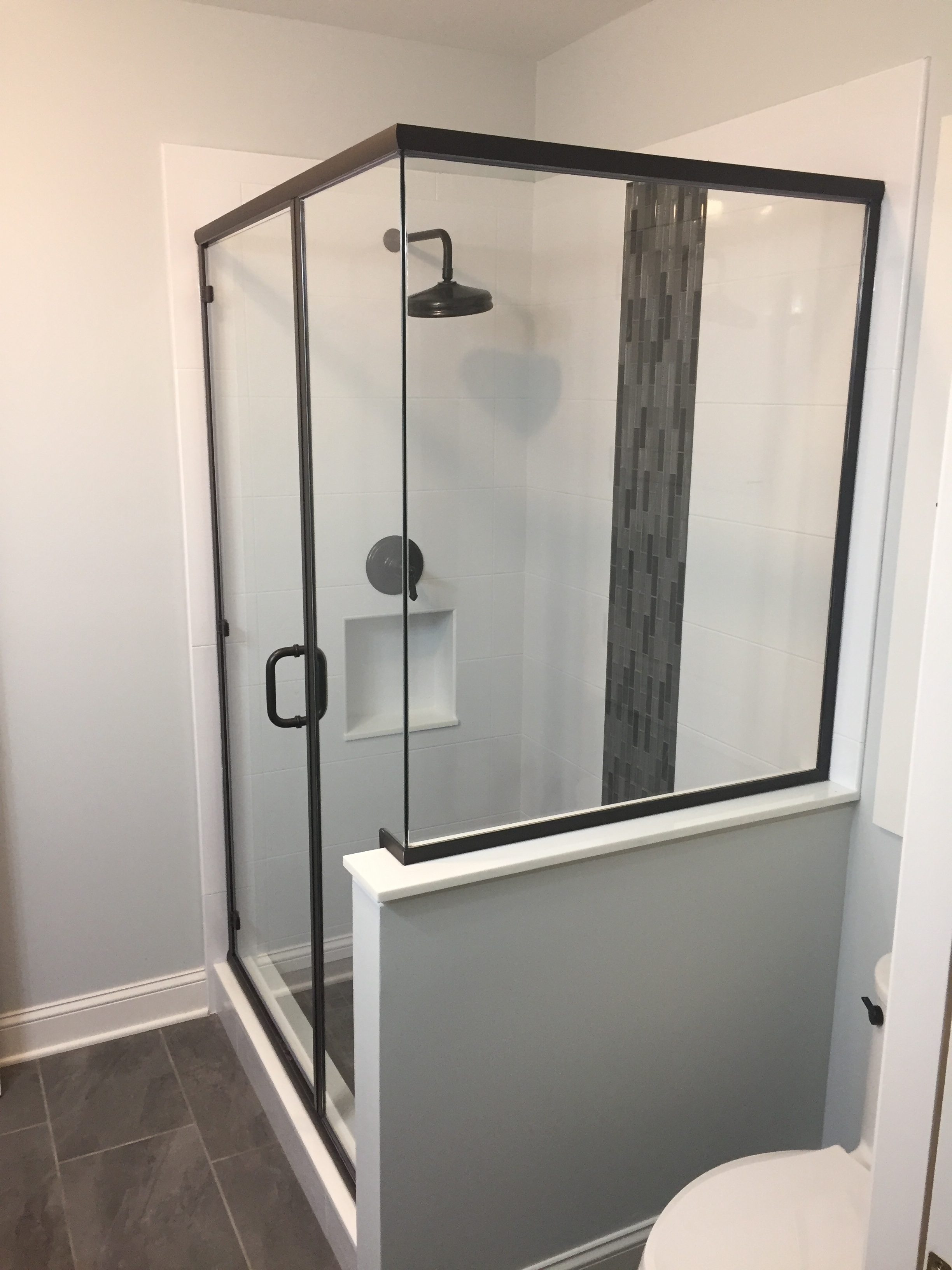 SemiFrameless90degreeShowerEnclosure_GlasstoGlassCorner.1